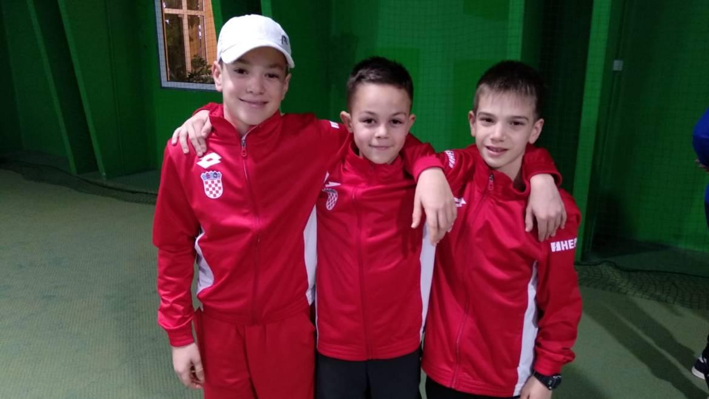 Cure na kraju šeste u Češkoj, dečki sedmi u Austriji