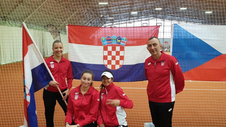 Djevojke u neizvjesnoj završnici izgubile od Slovenki