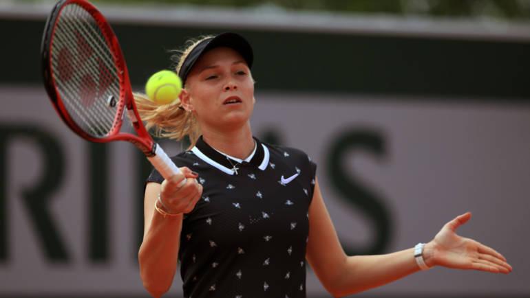 Donna u teniskoj virtualnoj epizodi s dobrotvornim ciljem