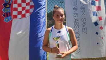Antonia Ružić do devete uzastopne pobjede, izborila četvrtfinale ITF turnira u Hamburgu