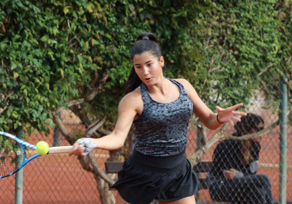 Ema Bubalo u polufinalu ITF turnira u Širokom Brijegu, sa Škegro do završnice parova