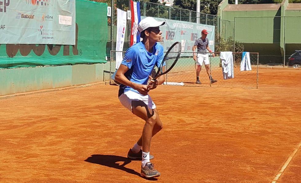 Luka Mikrut krenuo pobjedom na juniorskom ITF turniru 1. ranga u Hannoveru