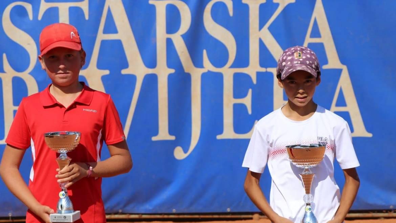 Jou-George Gnjidić pobjednik Tennis Europe turnira u Poreču, u hrvatskom finalu bolji od Ivana Dumbovića