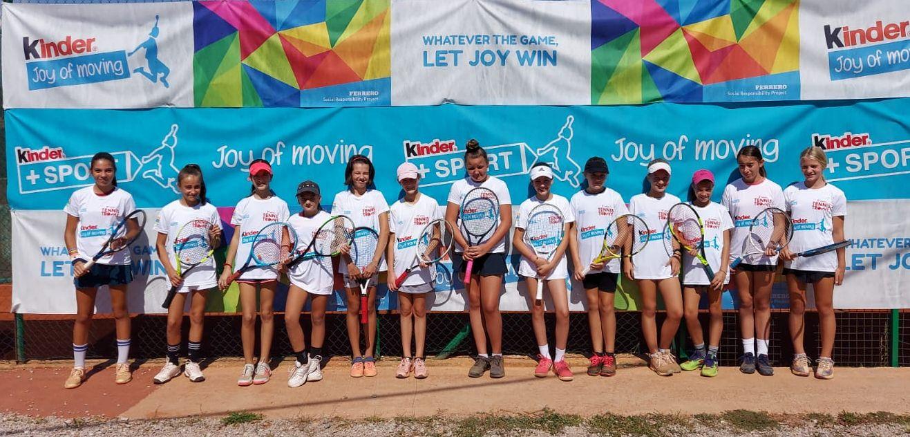 Leon Roščak i Iva Jerković pobjednici trećeg turnira Kinder Joy of Moving Tennis Trophyja